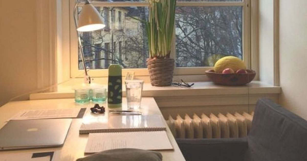 Using light in a home office