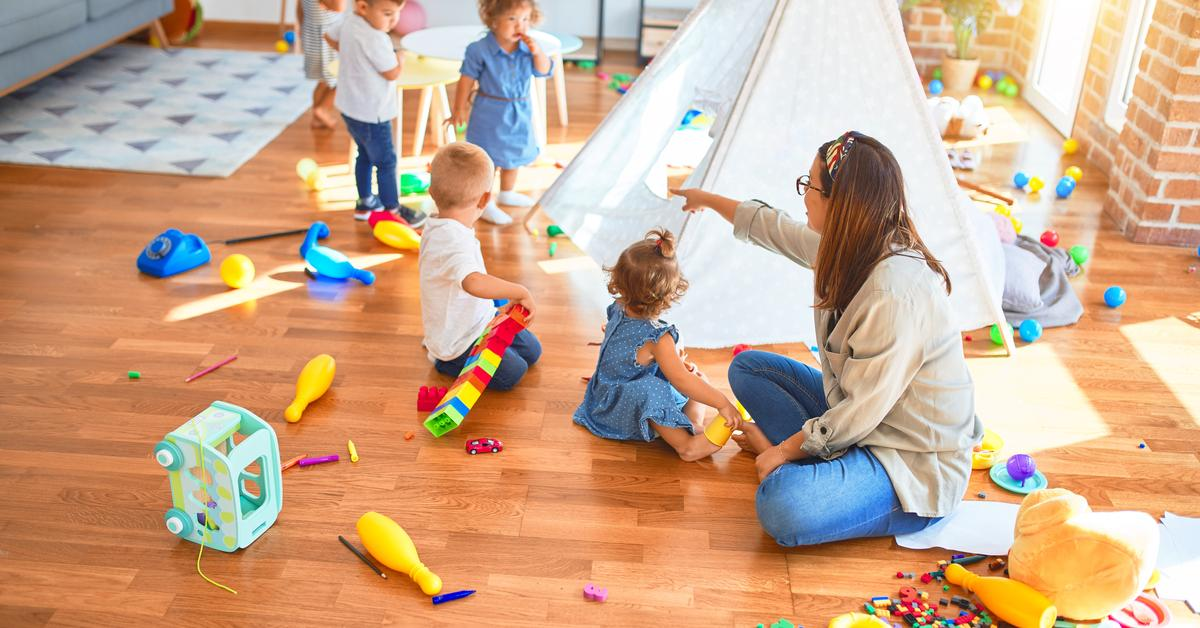 Toddlers using play time as a chance to learn