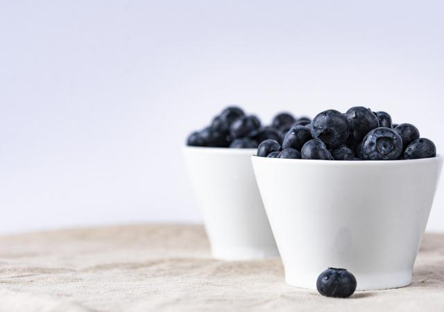 10 Diet and Fitness Myths blog - Blueberries in a bowl
